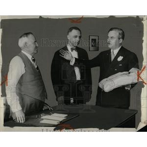 1930 Press Photo Detroit City Clerk Staff