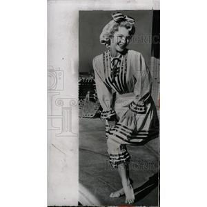 1955 Press Photo America Film Actress Virginia Mayo - RRW75729