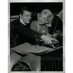1963 Press Photo Tony Curtis Helen O'Connell NBC TV - RRX58299