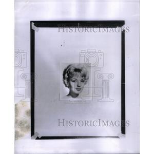 1960 Press Photo Venetia Stevenson Actress - RRX35501