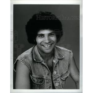 1976 Press Photo Actor Robert Hegyes loved as Epstein - RRX58585