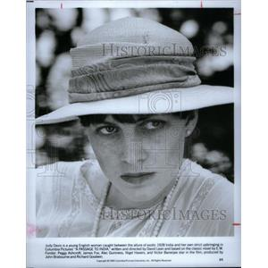 1992 Press Photo Judy Davis, Australian Actress. - RRX34373