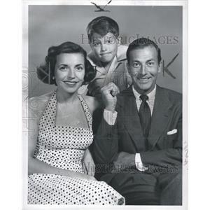 1953 Press Photo ActorsSargent Huston Lynn - RRW36361