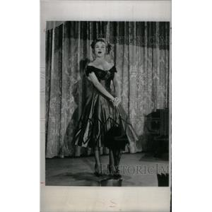 1956 Press Photo Actress Diana Lynn - RRX47589