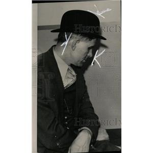 1934 Press Photo Sgt. Fred Stephan, Detroit Detective. - RRW71945