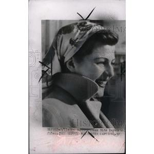 1954 Press Photo Actress Rita Hayworth - RRW95941