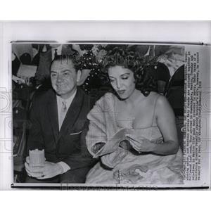 1958 Press Photo Ernest Borgnine Film TV Actor Chicago - RRW00697