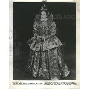 1959 Press Photo Eva Le Gallienne Mary Stuart- RSA99937