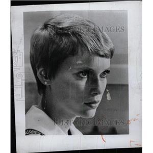 1969 Press Photo Mia Farrow - RRW76687
