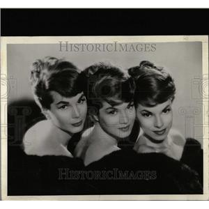 1961 Press Photo McGuire Sisters Dottie, Phyllis Chris - RRW07651