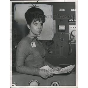 1965 Press Photo Hope Bob Actress Margaret Brien - RRW36581