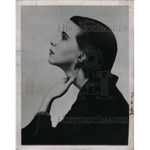 1952 Press Photo Julie Harris/Actress/Emmy Award - RRW20139