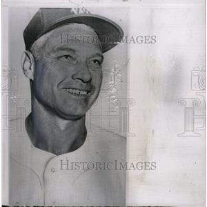 1957 Press Photo Clay Bryant Los Angeles Angels pitcher - RRW73205