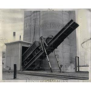 1957 Press Photo Cargill Inc. Truck Handling Machinery - RRW60035