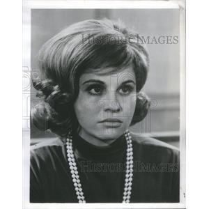 1964 Press Photo Lynn Loring Stars In Die Laughing