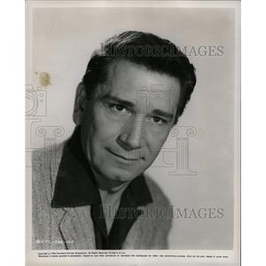 1956 Press Photo Richard Conte American Godfather Cry - RRW20973