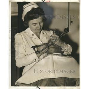 1942 Press Photo Miss Mary Central Hygeine Clemens - RRW33061