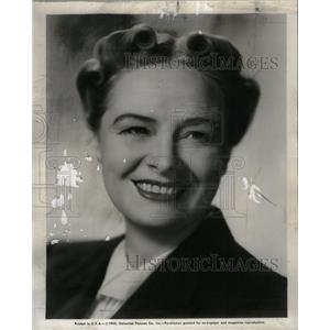 1945 Press Photo Dorothy Peterson Actress Universal Pic - RRX38413