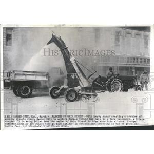 1960 Press Photo Snow Chopper Garden City Kansas