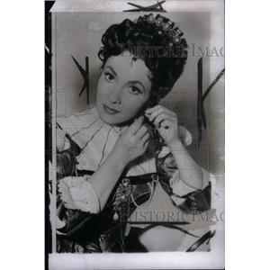 1953 Press Photo Gina Lollobrigida Italian Actress - RRX41025