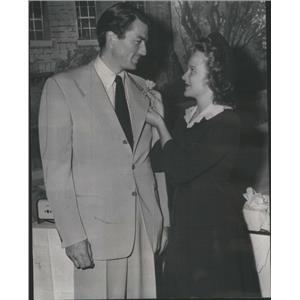 1943 Press Photo GREGORY PECK AMERICAN ACTOR KIM HUNTER - RSC97279