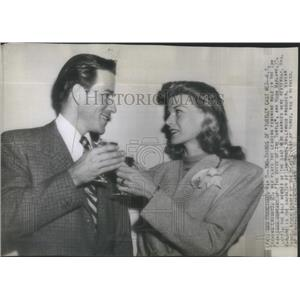1946 Press Photo K. T. Stevens Hugh Marlowe The Voice Of The Turtle Wedding