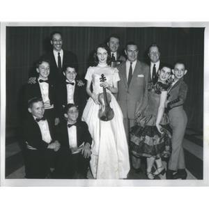 1954 Press Photo Ted Mack On Show-The Four Peanuts/Robert Hamilton/ Norma Ferris