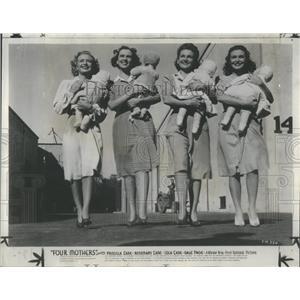 1941 Press Photo Four Mothers Movie Priscilla Lane Gale Page Lola Lane Rosemary