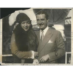 1929 Press Photo John Gilbert American Silent Era Film Actor & Wife- RSA94183