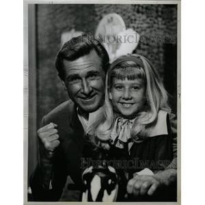 1962 Press Photo Lloyd Vernet Bridges American Actor - RRW13469