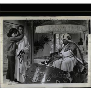 1964 Press Photo Actors Shirley MacLaine Richard Crenna - RRW07859