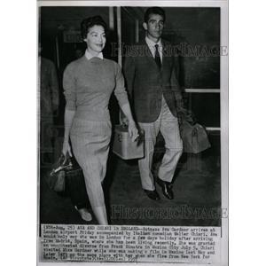1957 Press Photo Ava Gardner Walter Chiari London - RRW20379
