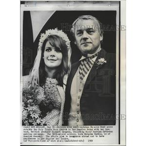 1969 Press Photo Actress Natalie Wood Husband Gregson - RRW27891