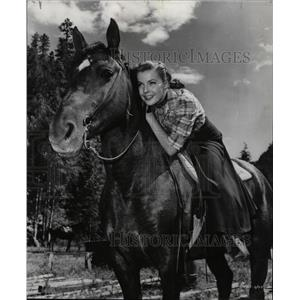 1952 Press Photo Actress Laura Elliot Denver Rio Grande - RRW17869