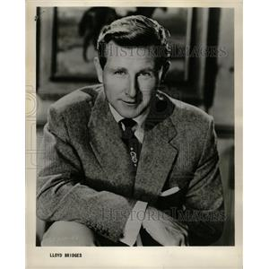 1957 Press Photo Lloyd Vernet Bridges Mike Nelson Hunt - RRW14741