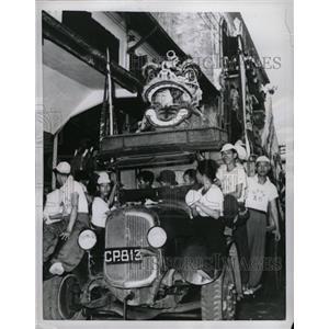 1956 Press Photo Saigon Oriental Dragon Float Festival - RRX69811