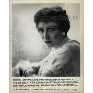 1956 Press Photo Judith Evelyn Atomic Death Garsten Cas - RRW20833
