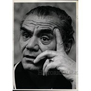 1974 Press Photo Ernest Borgnine/Amer. Actor/Emmy Award - RRW18735