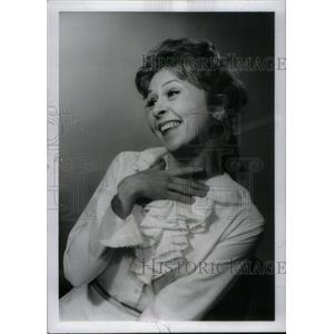 1970 Press Photo Desire Actress Smith Barbara - RRX46129