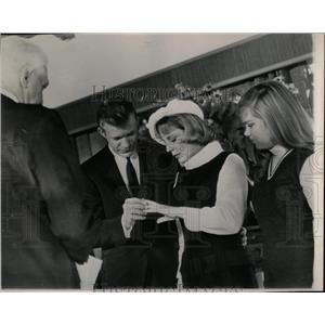 1963 Press Photo June Allyson Marries (Actress) - RRW06549