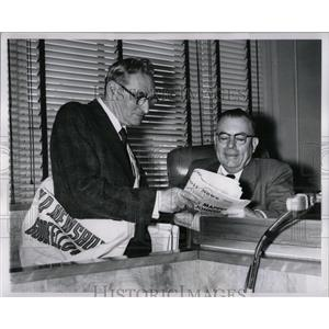 1960 Press Photo Detroit Newsboys Goodman Judge Murphy