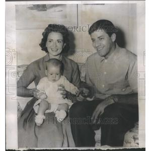 1958 Press Photo Actor Jerry Lewis, wife Patti and baby son Christopher Joseph