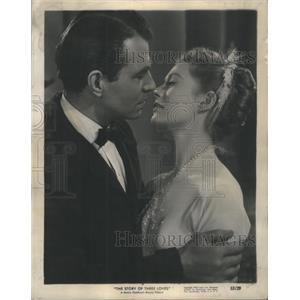 "1954 Press Photo James Mason and Moria Shearer in ""The Story of Three Loves"""