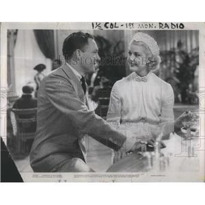 1936 Press Photo John Warren Hull Actor-Anita Louise Personal Maid's Secret