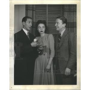 "1941 Press Photo Willie Shore, Mary Rolfe & Jack Sheehan ""See My Lawyer"""