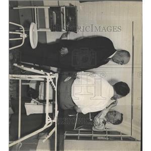 1936 Press Photo Down Sore Throats Hospital Cunty Jail - RRX95391