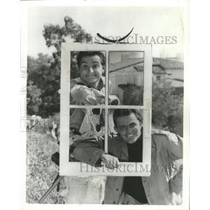 1962 Press Photo Marty Jingels and John Astin Actors. - RRW32085