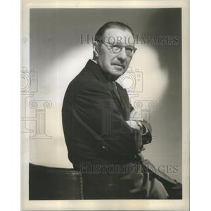 1947 Press Photo Howard Lindsay Broadway Author Narrator Actor Producer Ceremony