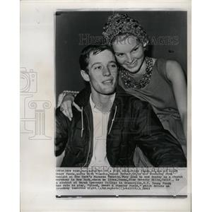 1961 Press Photo Peter Fonda fiance Susan Brewer actor - RRW20145