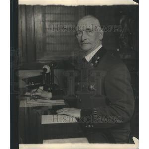 1924 Press Photo Captain Patrick Hogan Chicago Traffic Department officer work